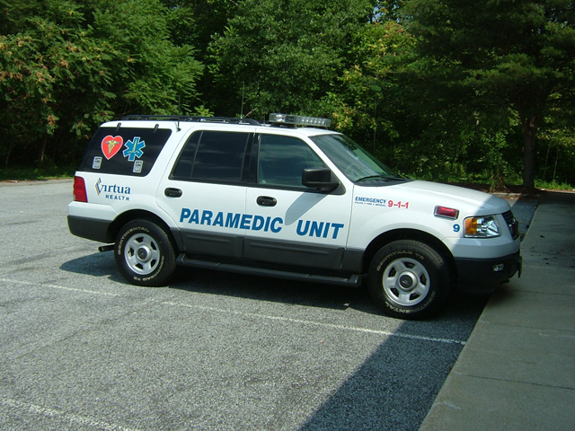 emergency vehicle lettering ambulance paramedic